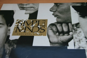 Vinyl roundup: Simple Minds