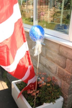 balloon lollipop
