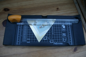 making Christmas card bunting