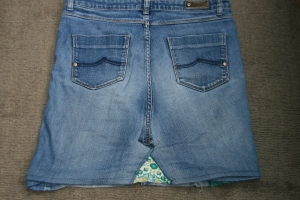 denim skirt refashion
