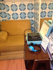 retro listening booth: Dorothy House Shop, Bath via secondhandtales.wordpress.com