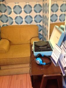 retro listening booth: Dorothy House Shop, Bath via secondhandtales.wordpress.com