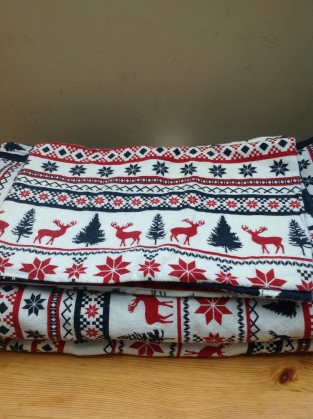 christmas themed bedding via Dorothy House